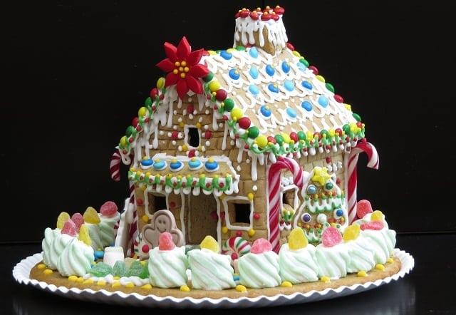 Christmas Dessert Cake Design