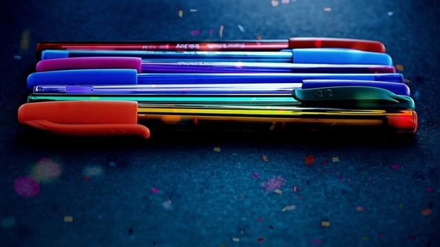 COLORS GEL PENS - gifts for 15 year old teenage girl