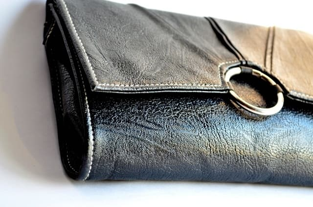 LEATHER COIN PURSE - gifts for teenage girls