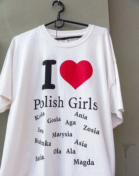 T-Shirt - best birthday gifts for girls