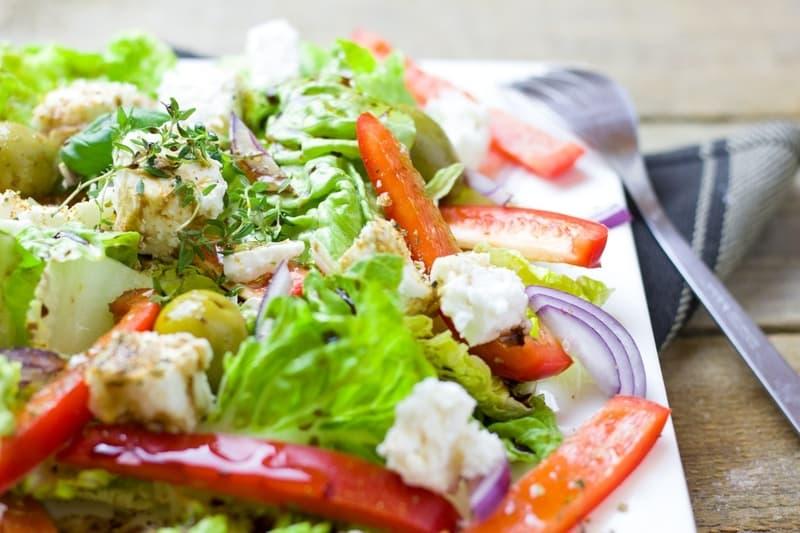Iceberg-Lettuce Salad
