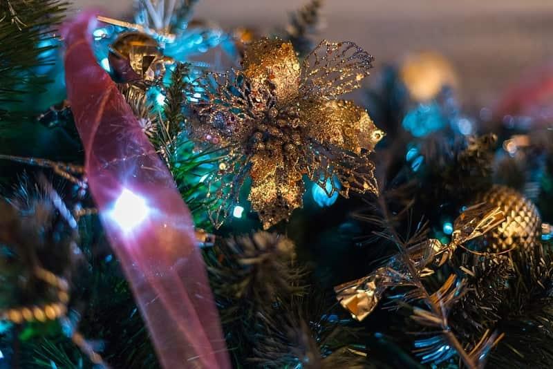 Brown Christmas Tree Decors