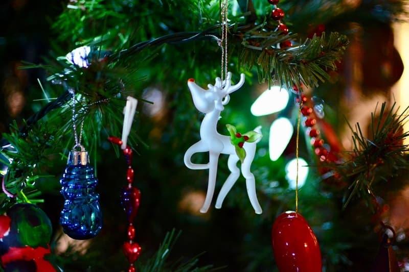 White Deer Christmas Tree Ornaments