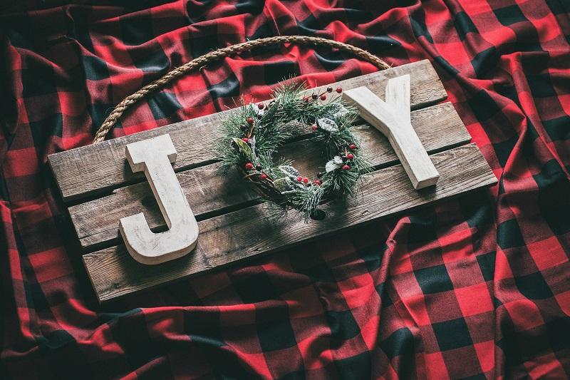 Wood Pallet Joy Sign
